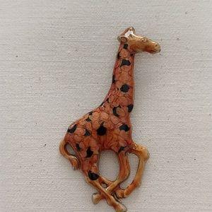 Jewelry - Giraffe Pin